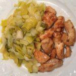 Blanc de poulet et fondue de poireaux